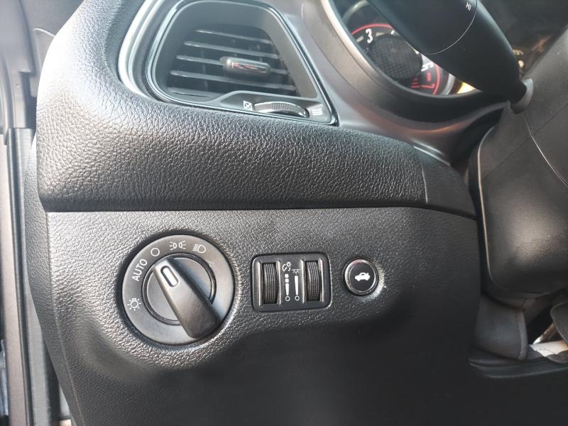 Dodge Challenger 2016 price $18,495 Cash