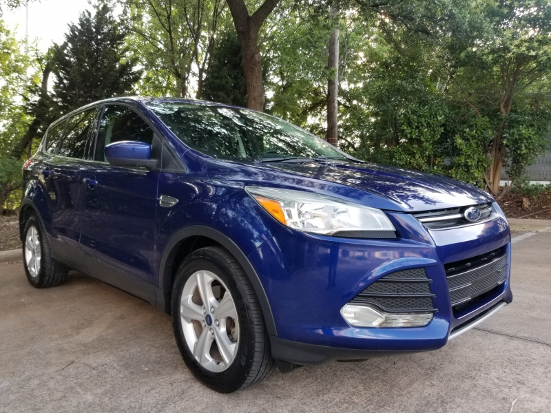 Ford Escape ONE OWNER ! 2016 price $10,495 Cash