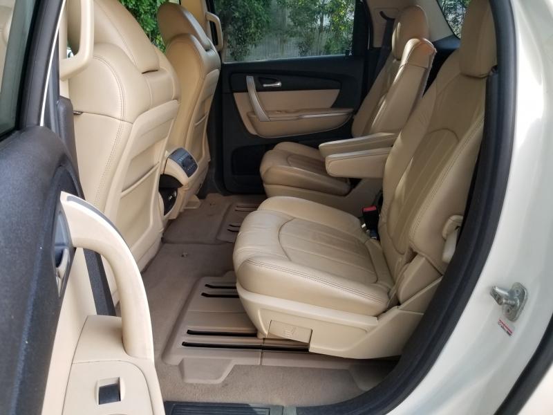 GMC Acadia Leather 2010 price $6,995 Cash