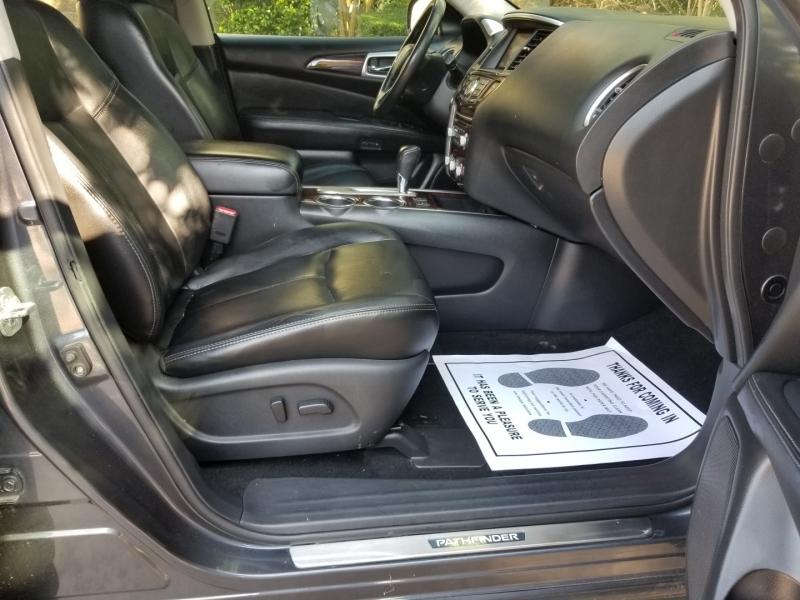 Nissan Pathfinder 2013 price $10,495 Cash