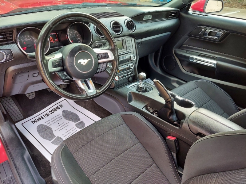 Ford Mustang 2016 price $15,995 Cash