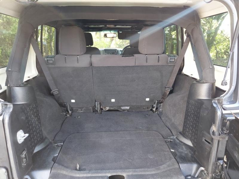 Jeep Wrangler unlimited RHD 2013 price $15,995 Cash