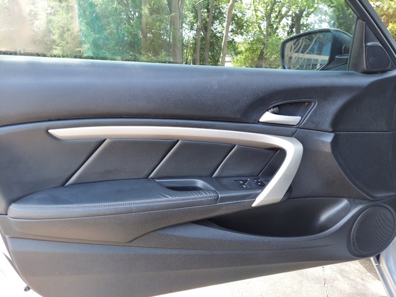 Honda Accord Cpe SUNROOF 2012 price $8,495 Cash