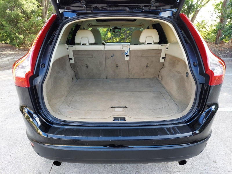 Volvo XC60 2013 price $11,995 Cash