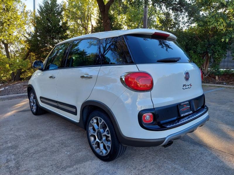 Fiat 500L 2015 price $9,495 Cash