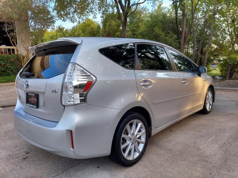 Toyota Prius v 2013 price $7,495 Cash