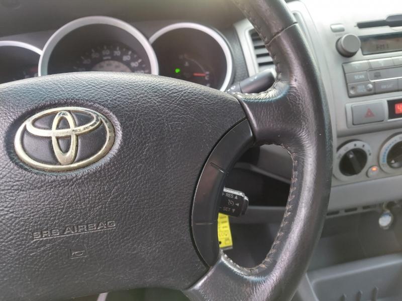 Toyota Tacoma 2011 price $14,995 Cash