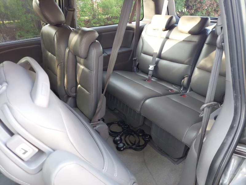 Honda Odyssey DVD Roof 1 Owner 2010 price $6,995 Cash