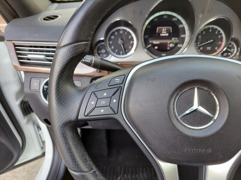 Mercedes-Benz E-Class ONE OWNER! 2013 price $12,495 Cash