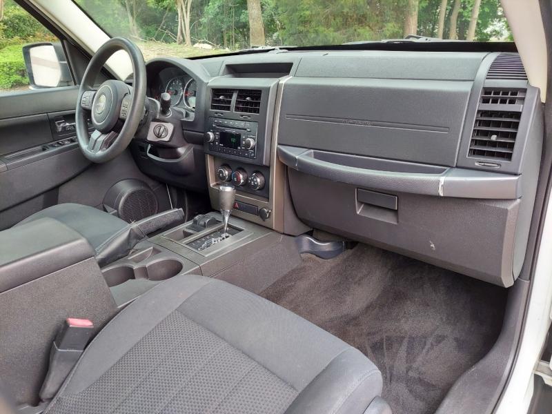 Jeep Liberty 2012 price $8,995 Cash
