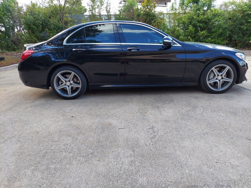 Mercedes-Benz C-Class ONE OWNER ! 2015 price $22,495 Cash