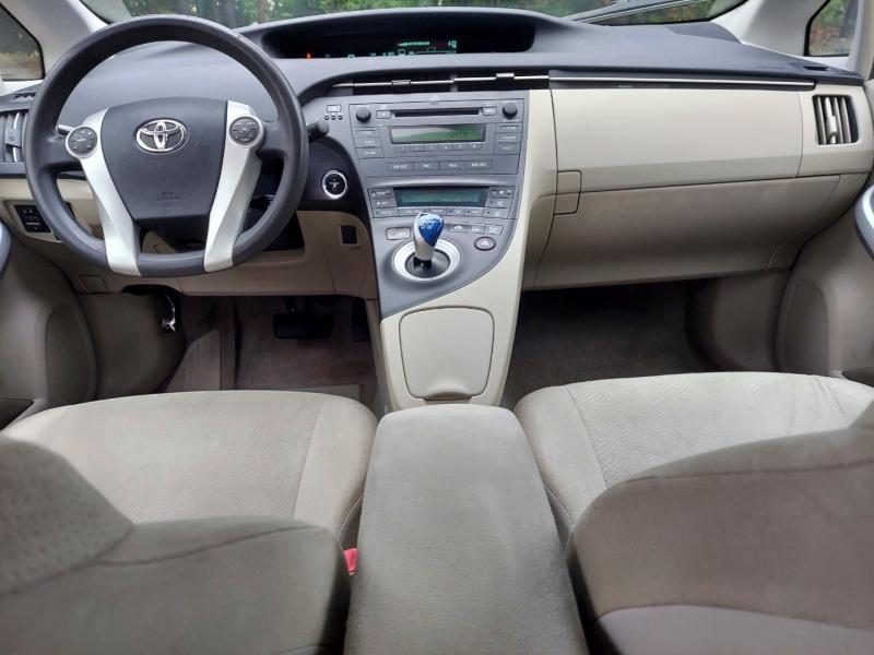 Toyota Prius 2010 price $6,995 Cash