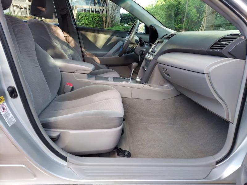 Toyota Camry 2011 price $5,995 Cash