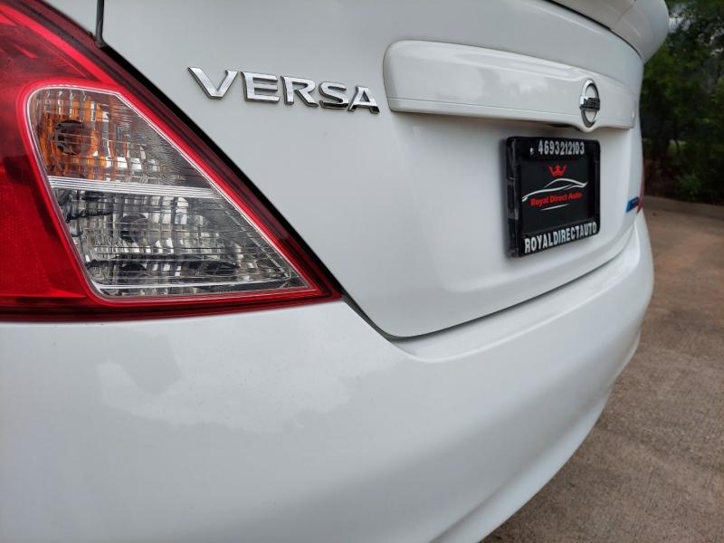 Nissan Versa 2014 price $9,495 Cash