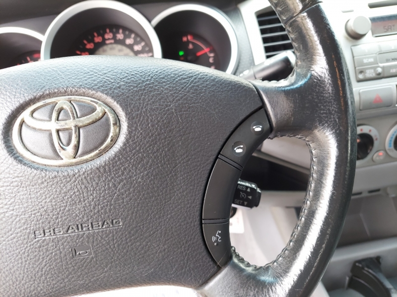 Toyota Tacoma 2009 price $18,995 Cash