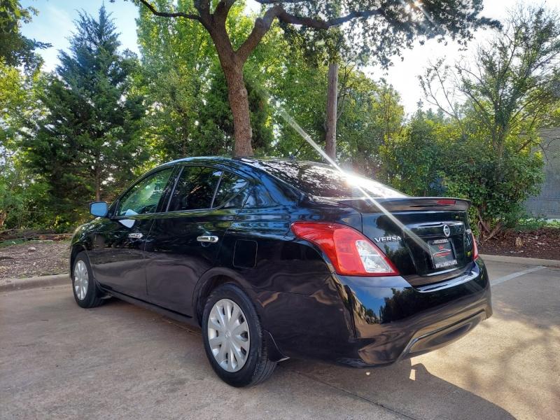 Nissan Versa 2016 price $8,995 Cash