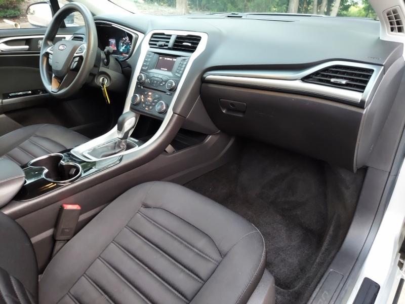 Ford Fusion 2015 price $13,995 Cash