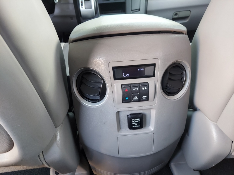 Honda Pilot 2009 price $13,995 Cash
