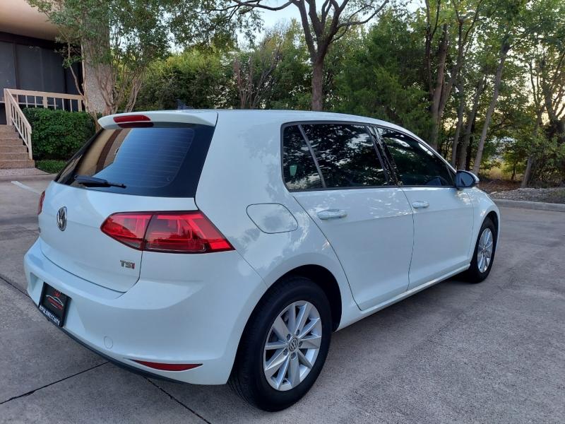 Volkswagen Golf ONE OWNER ! 2016 price $10,995 Cash