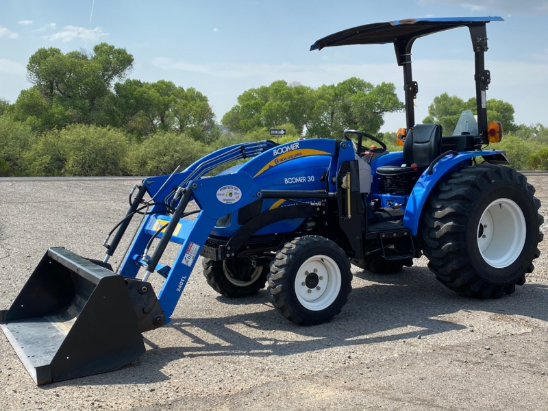 NEW HOLLAND BOOMER 30 0000 price $18,375