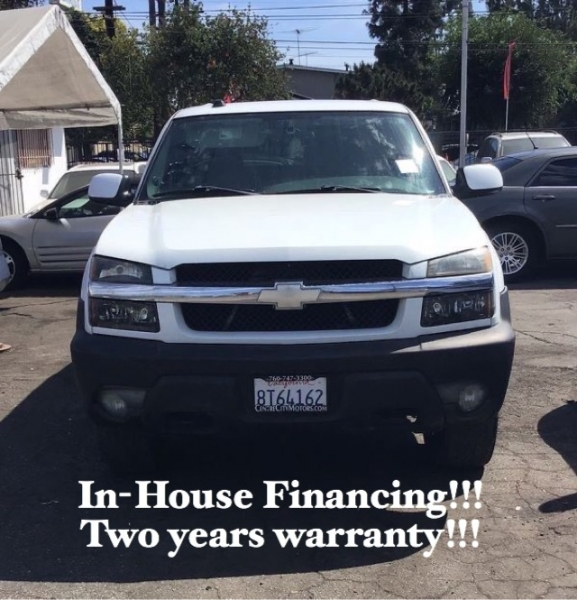 Chevrolet Avalanche 2004 price $8,995