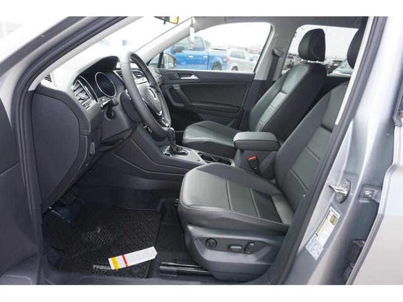 Volkswagen Tiguan 2021 price $33,245