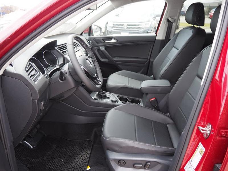 Volkswagen Tiguan 2021 price $29,270