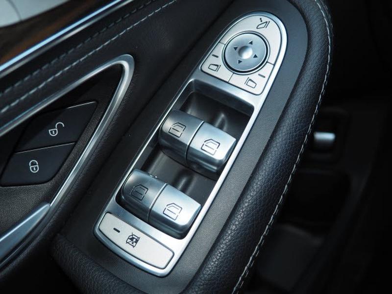 Mercedes-Benz C-Class 2015 price $24,593