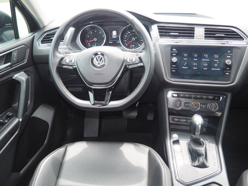Volkswagen Tiguan 2018 price Call for Pricing.