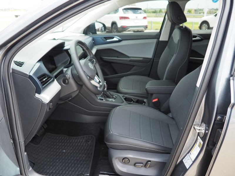 Volkswagen Taos 2022 price $28,974