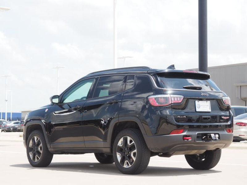 Jeep Compass 2018 price Call for Pricing.