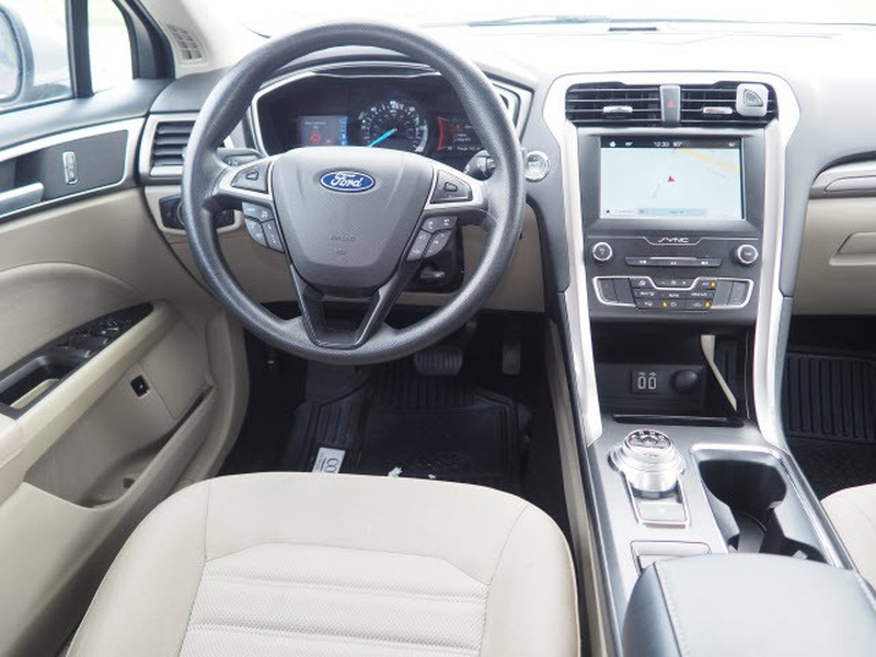 Ford Fusion Hybrid 2019 price $25,991