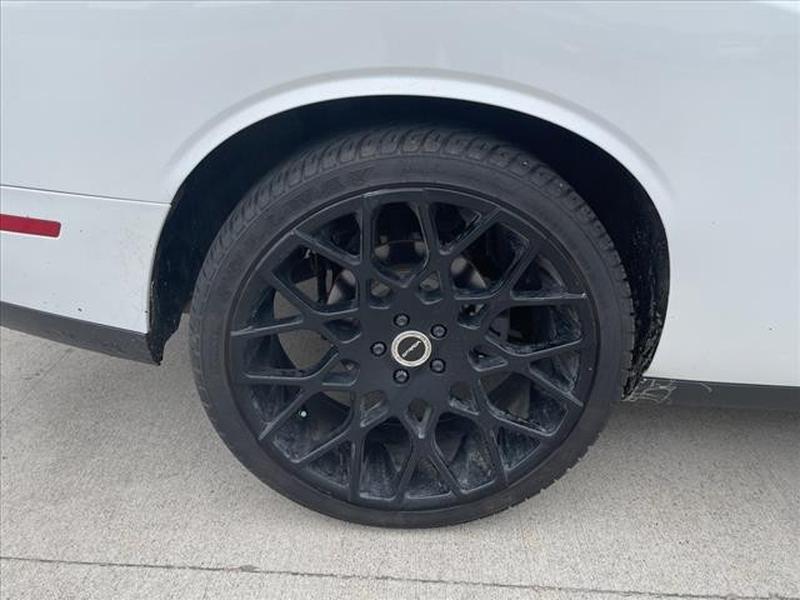 Dodge Challenger 2017 price $27,891