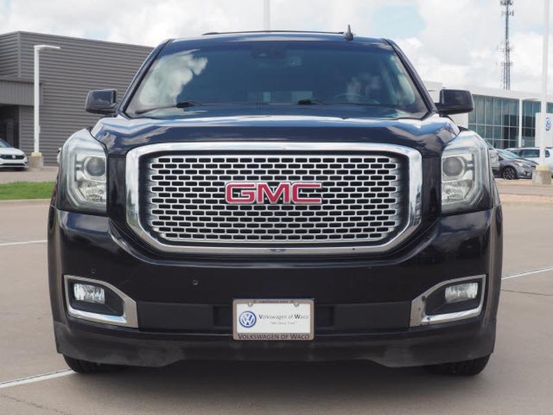 GMC Yukon XL 2017 price $53,992