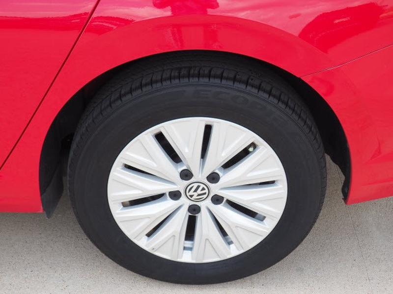 Volkswagen Jetta 2019 price $23,991