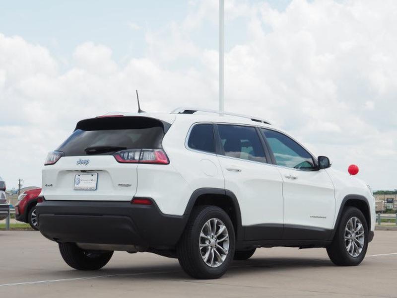 Jeep Cherokee 2019 price $29,891