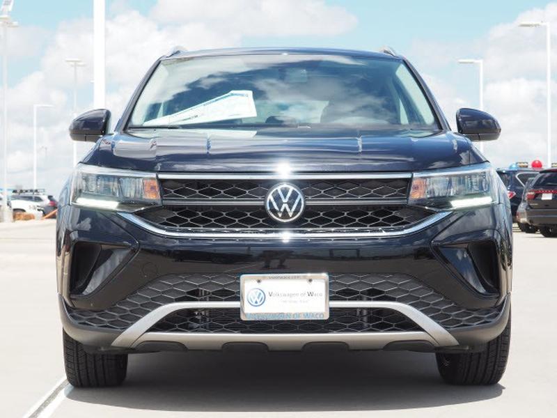 Volkswagen Taos 2022 price $29,974