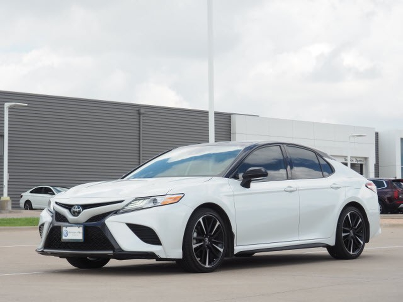 Toyota Camry 2020 price $37,991