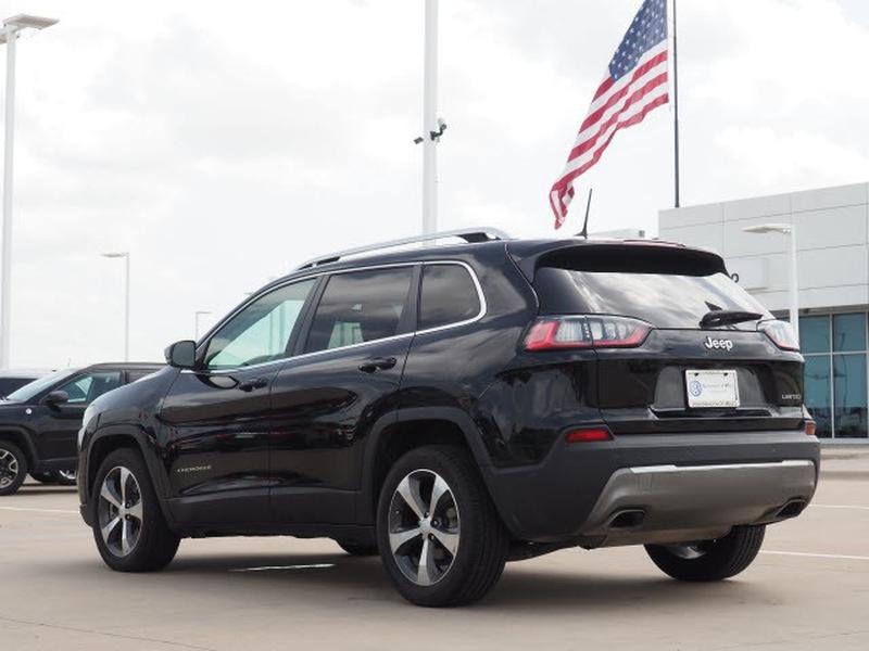 Jeep Cherokee 2019 price $30,991