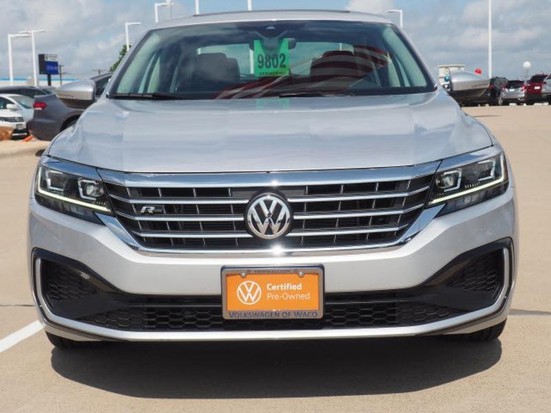 Volkswagen Passat 2020 price $34,991