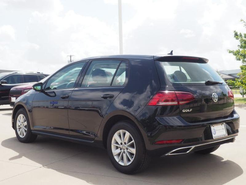 Volkswagen Golf 2019 price $29,991