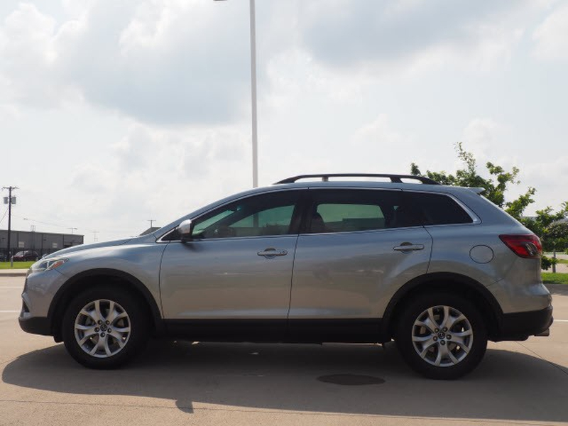 Mazda CX-9 2015 price Call for Pricing.
