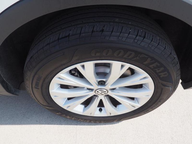 Volkswagen Tiguan 2020 price $30,991