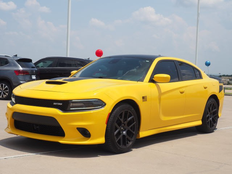 Dodge Charger 2017 price $43,991