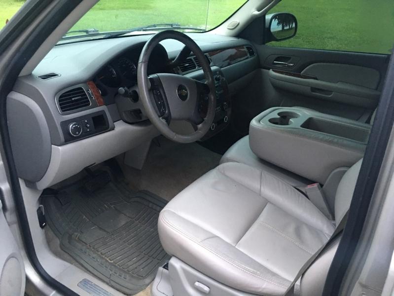 Chevrolet Avalanche 2007 price $10,980
