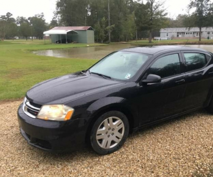 Dodge Avenger 2012 price $5,980