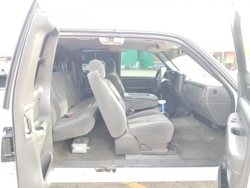 Chevrolet Silverado 1500 2004 price $8,980