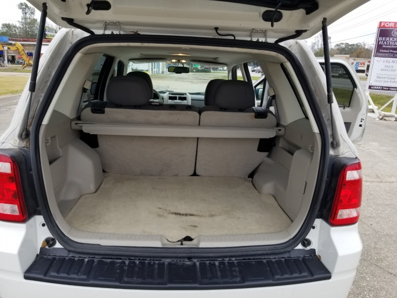 Ford Escape 2009 price $5,480