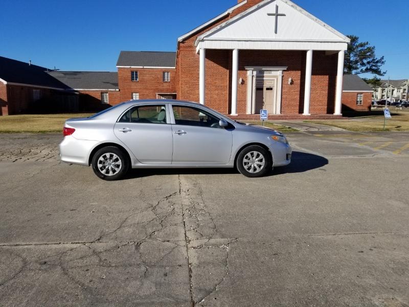 Toyota Corolla 2009 price $6,980