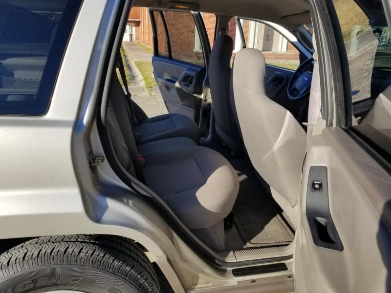 Jeep Grand Cherokee 2004 price $5,980